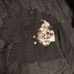 Gothic Style Floral Blazer Size Small